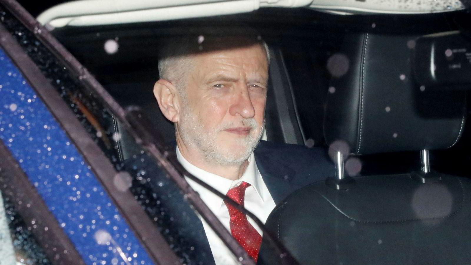 Labour-leder Jeremy Corbyn vil forhandle seg frem til en mykere brexit.