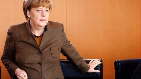 Rikskansler Angela Merkel blir saksøkt av asylsøkere som ikke har fått endelig svar på sine søknader Foto: Fabrizio Bensch, Reuters/NTB Scanpix