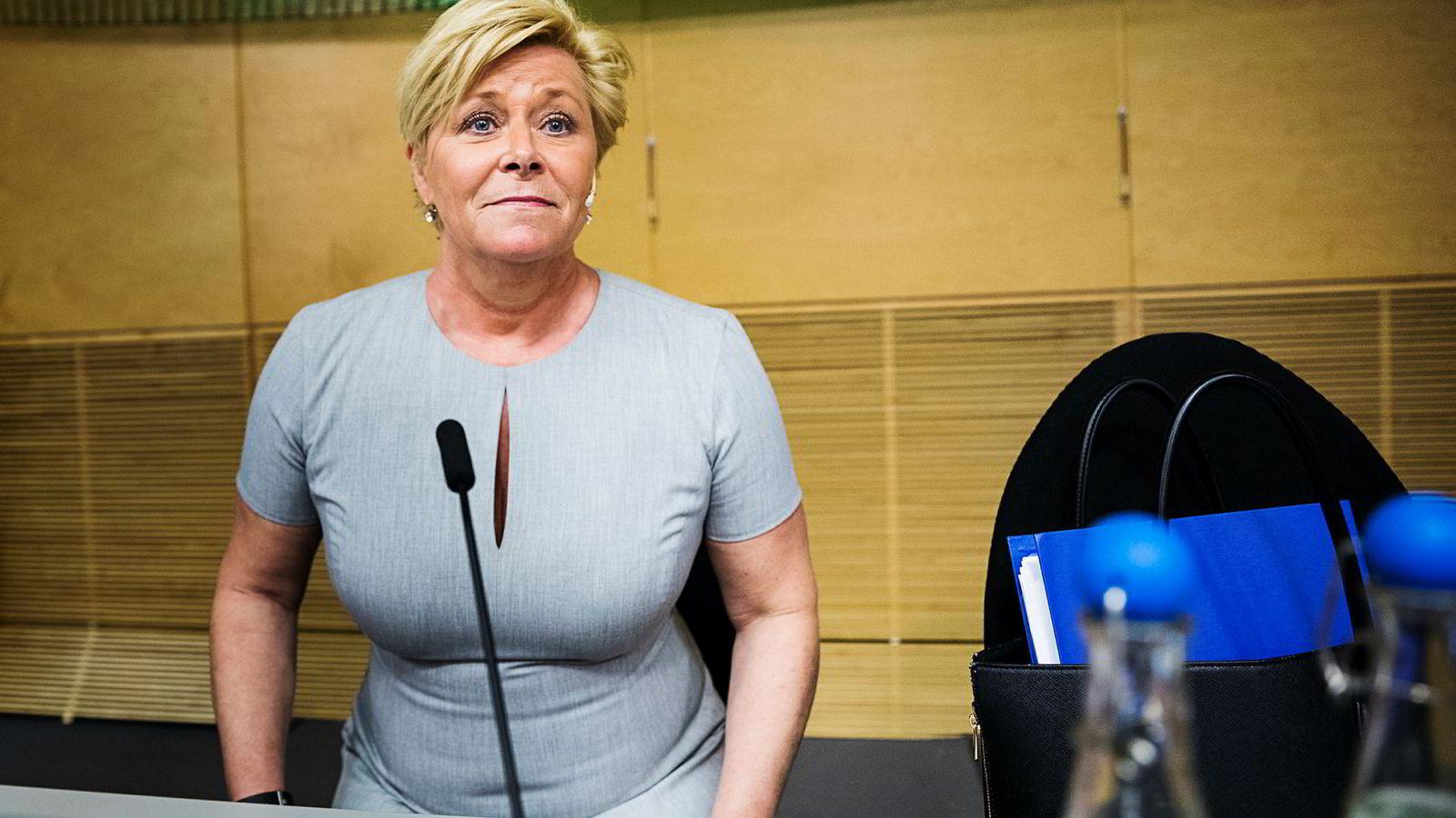 Finansminister Siv Jensen (Frp) får skryt for budsjettpolitikken fra Det internasjonale valutafondet