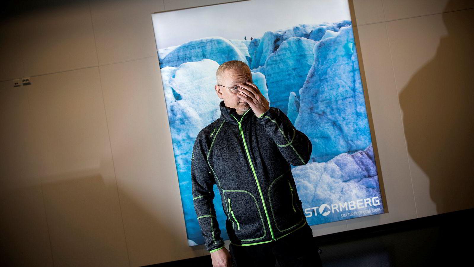 Stormberg-eier Steinar J. Olsen rammes av boikott og brenning av hans produkter etter han nok en gang har valgt side i ulvedebatten.