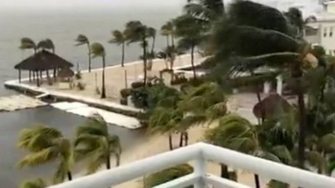 Stormen Irma slo søndag inn over Florida Keys. Her fra Key Largo. Stormen beveger seg nordover langs vestkysten av Florida.