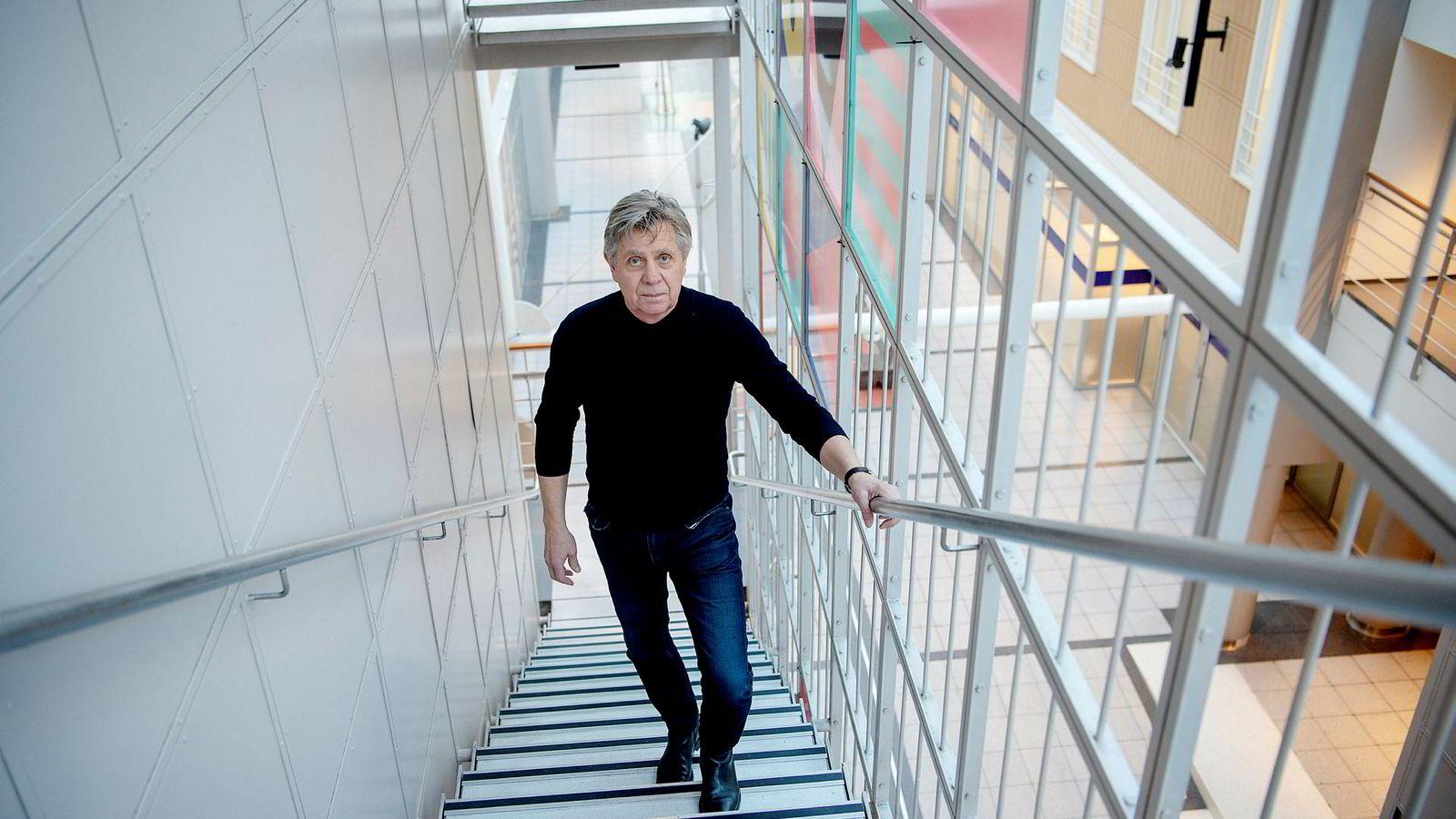 Direktør Cato Strøm i Tono har kjempet mot RiksTV gjennom rettssystemet i åtte år. Nå blir det nok en runde.