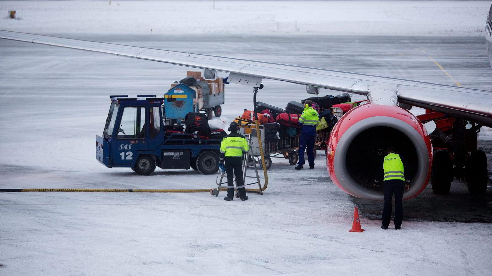 Den nye flyseteavgiften til regjeringen møter hard motbør fra flere hold, blant annet med påstander om at både SAS og Widerøe vil få ulovlig statsstøtte. Foto: