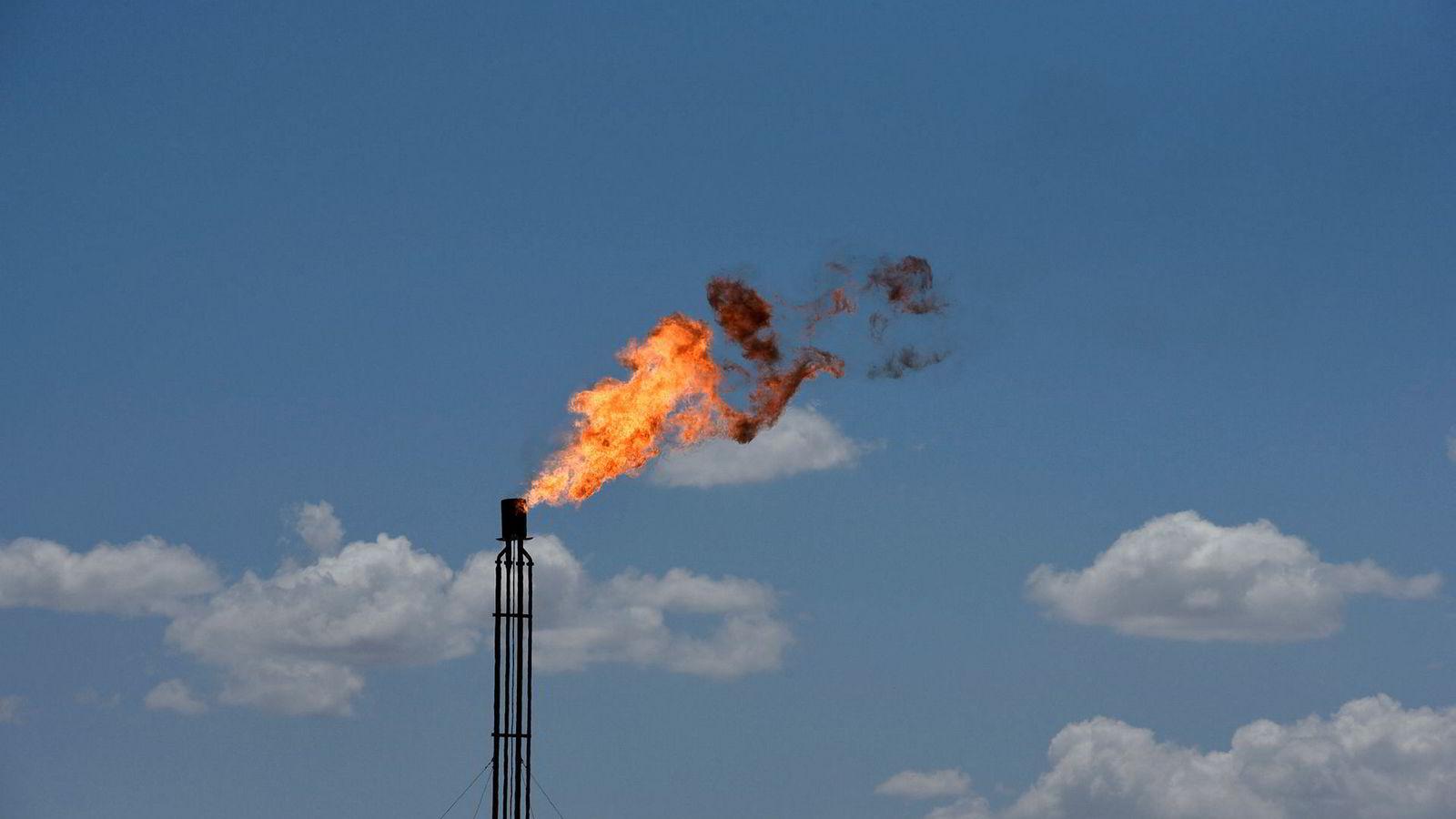 Oljefondet skal ikke lenger eier aksjer i selskaper som produserer råolje.