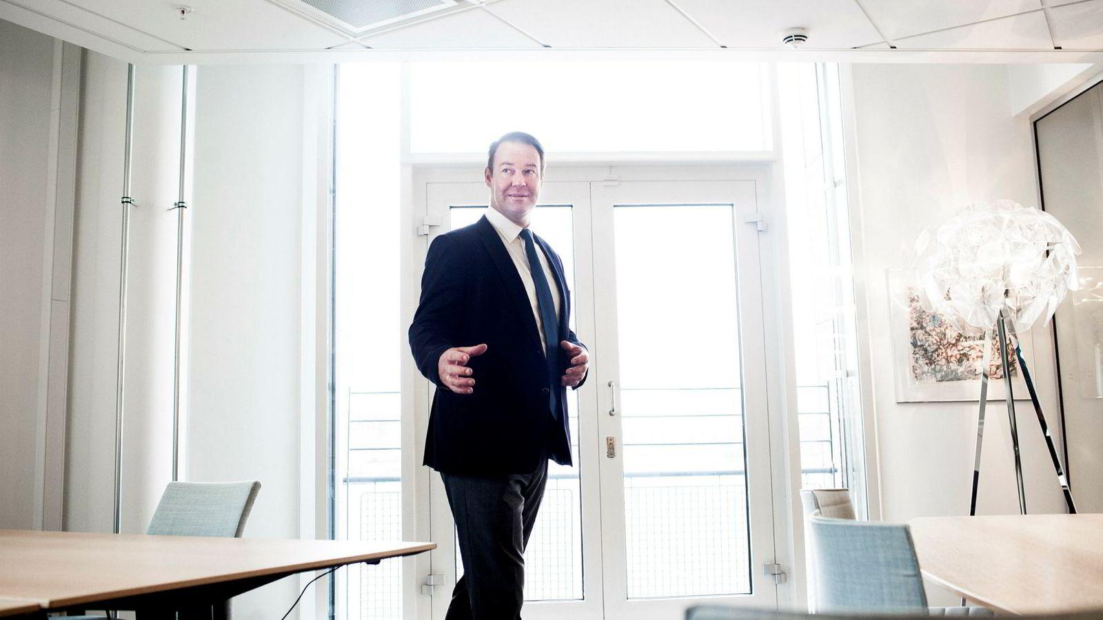 Landsjef Trond F. Mellingsæter i Danske Bank tror mange foreldre føler de må hjelpe barna på boligmarkedet.