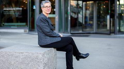 Professor Peggy Brønn mener den eneste måten å forbedre Facebooks omdømme er hvis Mark Zuckerberg går av som leder.
