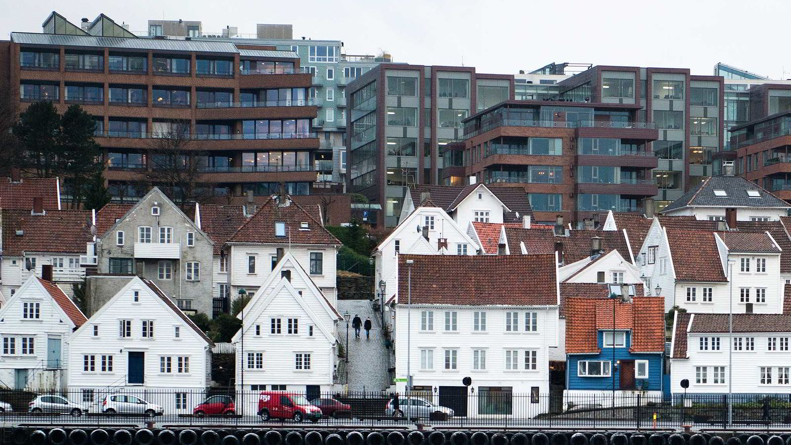- Vi har fått kjøpers marked i Stavanger, fastslår administrerende direktør Terje Halvrosen i DNB Eiendom.