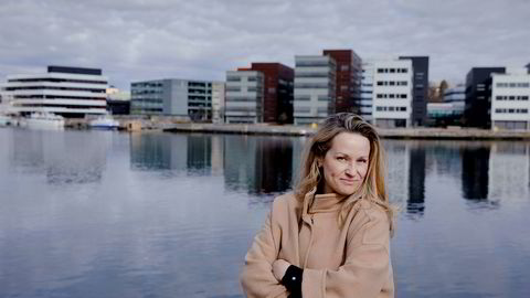 Ina Stølen er gründer, daglig leder, småbarnsmor, podkaster og styremedlem. For henne er shopping av fag på NHH gull verdt for å fylle på kompetansen.