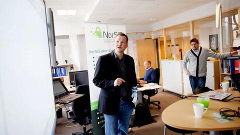 KREVENDE. Vidar Sandland bekrefter at det er svært vanskelig å beskytte seg mot DDoS-angrep. Foto: Øyvind Elvsborg