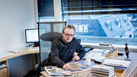 Sjefredaktør Helge Simonnes satt noen etasjer over da generalforsamlingen pågikk, på sitt kontor i Vårt Lands redaksjonslokaler. Foto: Aleksander Nordahl