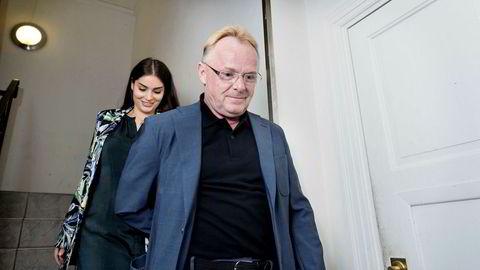 Per Sandberg gikk av som fiskeriminister i august. Her sammen med kjæresten Bahareh Letnes.
