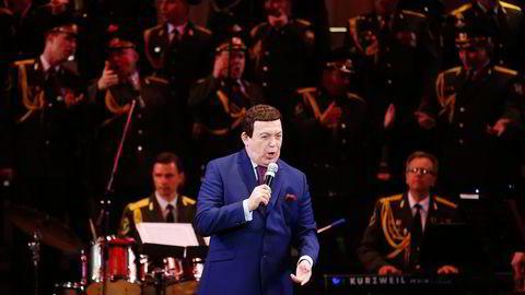 Den russiske entertaineren, politikeren og forretningsmannen Iosif Kobzon er blant stadig flere mektige russere som nektes innreise til Vesten. Foto: Maxim Zmeyev, Reuters/NTB Scanpix