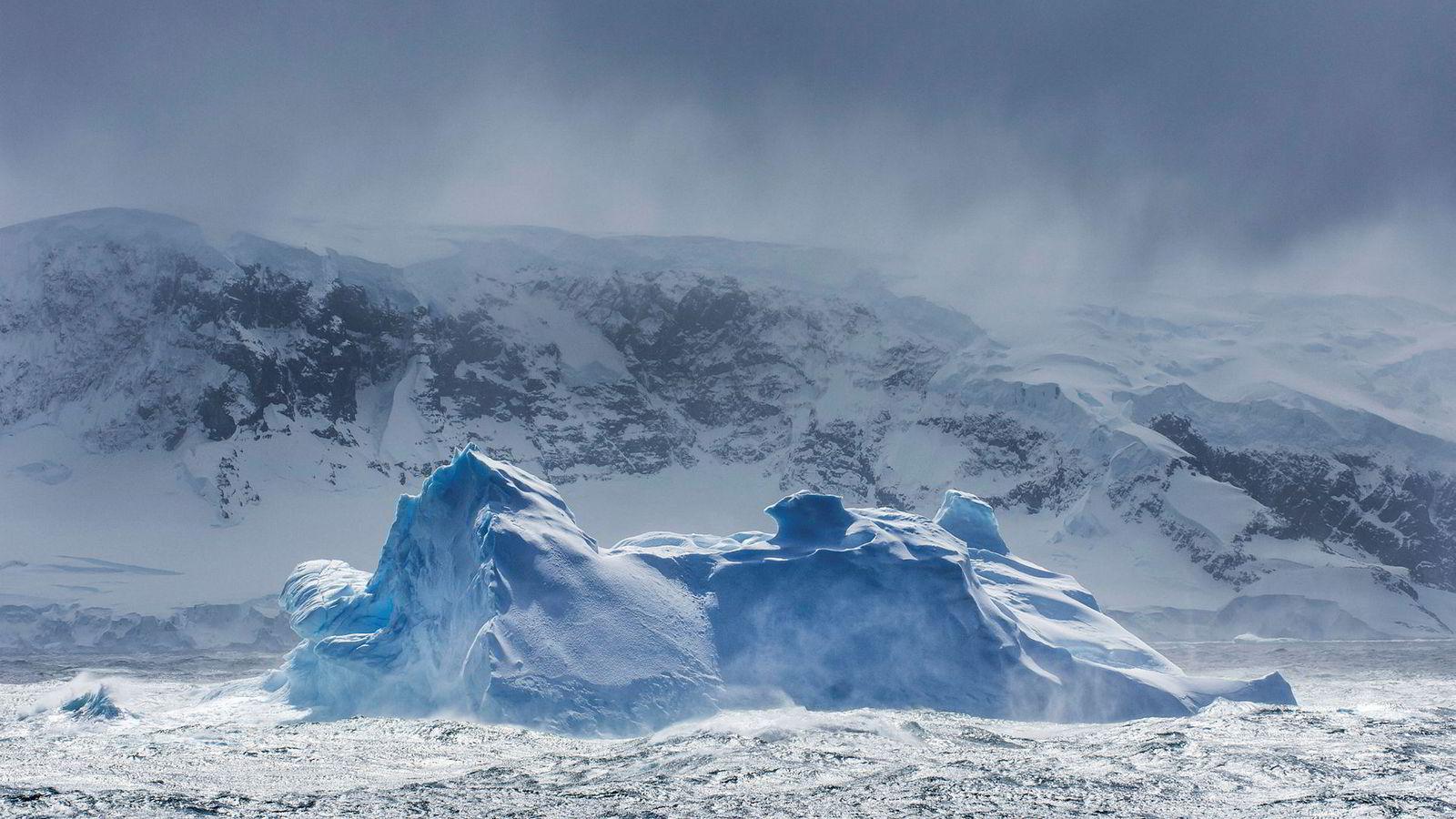 Geopolitikkens tilbakekomst har gjort atomstrategien viktig igjen. Norge er en sentral aktør for å videreføre lavspenningspolitikken for Arktis.