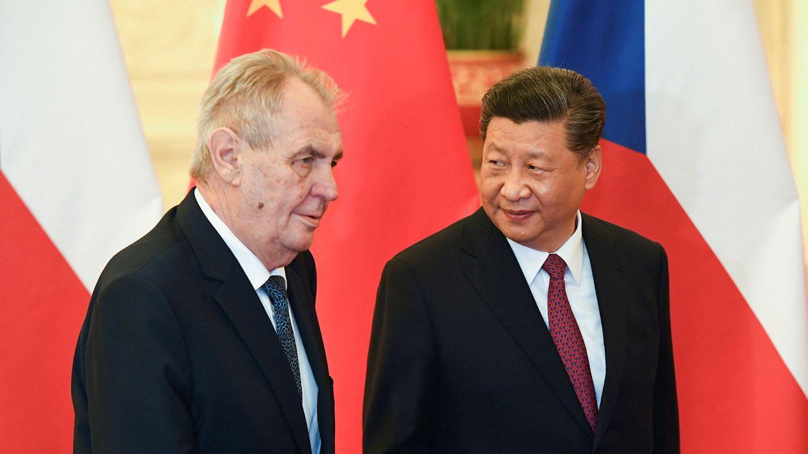 Kinas president Xi Jinping advarer om at verden ikke må bli som tv-serien «Game of Thrones».