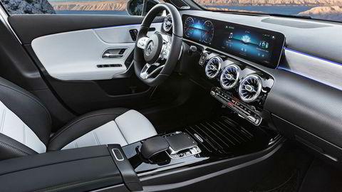 Interiøret i nye A-klasse er hentet fra de større modellene. Bilen skal lære etter hvert som du bruker den.