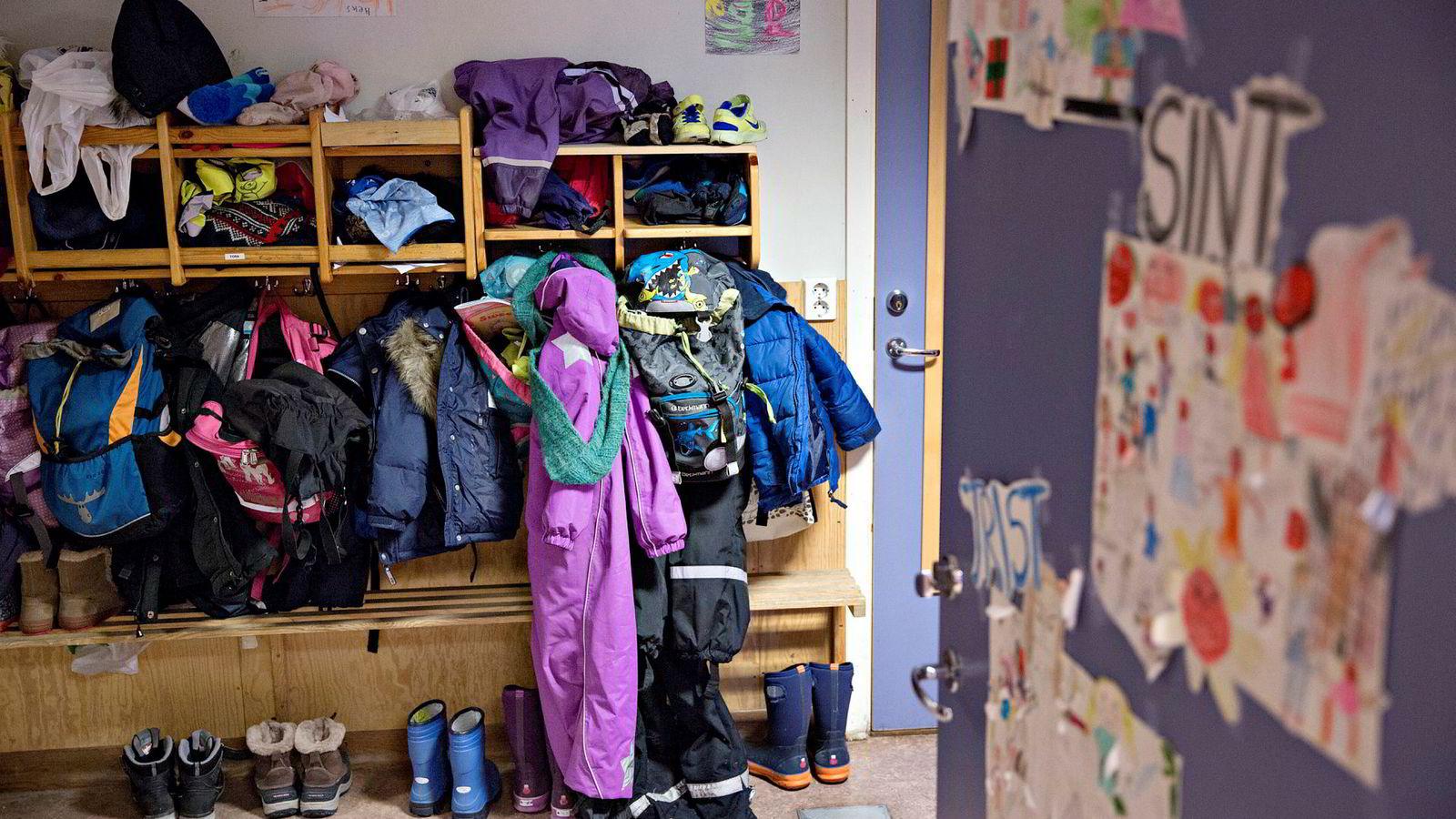 Det er på tide med noen modige velferdsreformer som bygger videre ut vår velferd. En mer praktisk og variert skoledag, kombinert med gratis SFO med skolelekser og mat, vil være mer inkluderende, gi dybdelæring og forberede ungene på fremtidens arbeidsliv, hvor kreativitet og læring hele livet vil være sentralt.