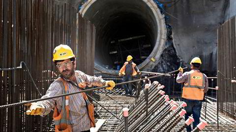 Statkrafts største demning i utlandet bygges rundt 100 kilometer fra den syriske grensen i Tyrkia. ITo elveløp slynger seg mellom fjellene, og møtes i Cetin-dalen. Dette kraftverket skal etter planen gi strøm til 365.000 mennesker, og blir den største av sitt slag. Nå er prosjektet stanset.                    Foto: Aleksander Nordahl