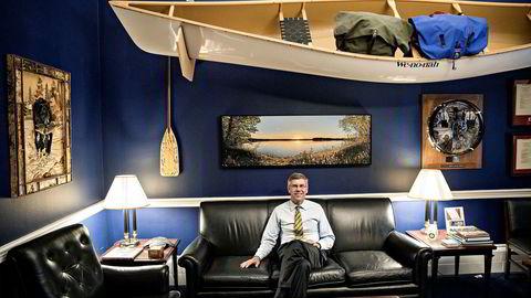 Det er lange dager på kontoret for den republikanske kongressmannen Erik Paulsen for å få den historiske skattereformen ferdig.