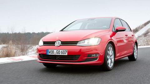 PÅ TOPP IGJEN. Volkswagen Golf er igjen den mest solgte nybilen i Norge etter å ha ligget bak el-biler i januar, februar og mars.