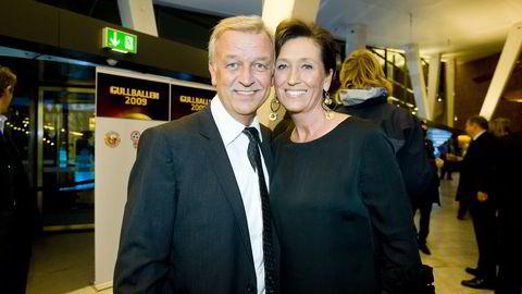Hallvard Flatland har flyttet mer av virksomheten sin inn i selskapet Euro Tv AS, som han har drevet siden 1990. Her sammen med kona Annelise Flatland, som drev selskapet mens mannen var syk.