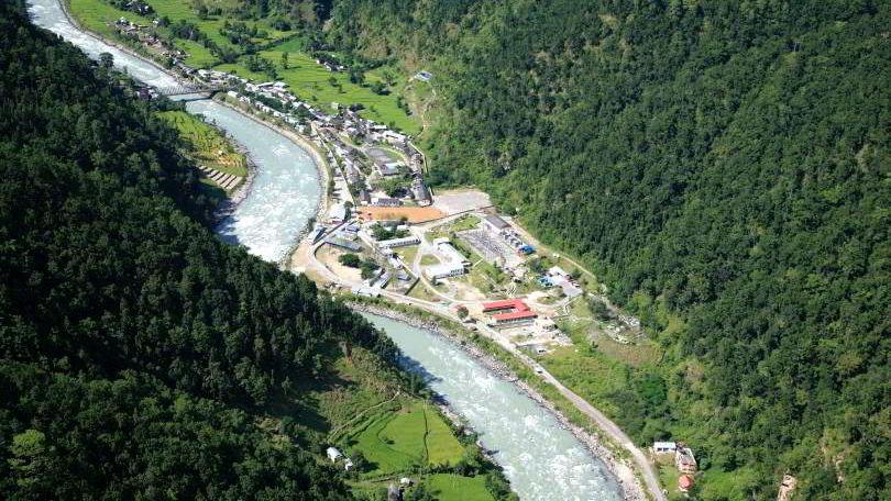 Vi mener at norske myndigheter bør vurdere å støtte et reformarbeid i den nepalske energisektoren, sier forfatteren. Khimti Kraftverket ligger i Dolakha-distriktet rundt 10 mil øst for Kathmandu.