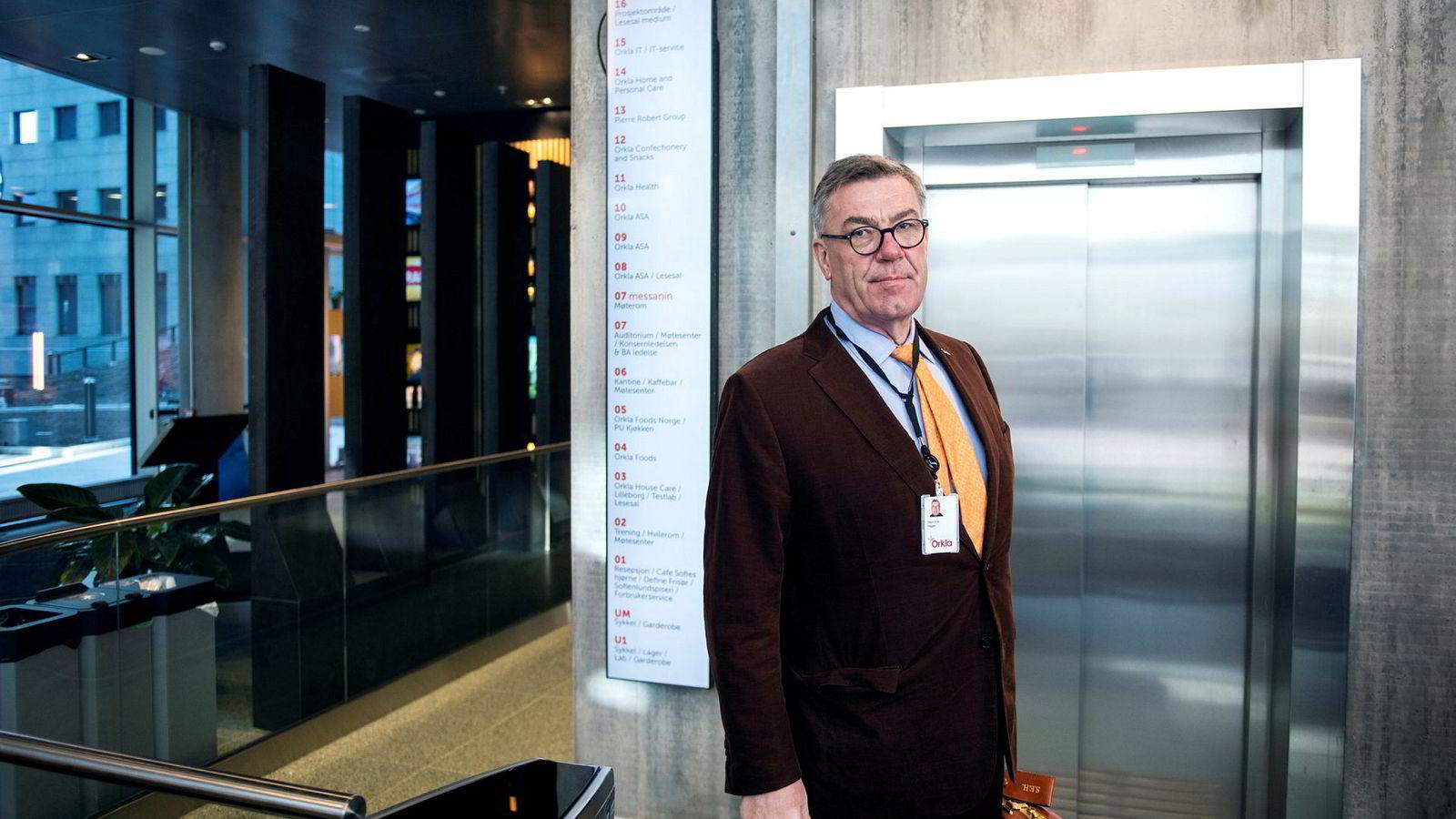 Stein Erik Hagen selger seg ned i e-handel.