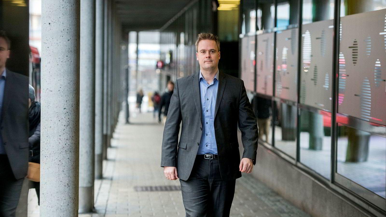Endre Jo Reite er leder for personmarked i BN Bank og sier heretter nei til nye forbrukslånskunder. – Vi er blitt sjokkerte, sier han om utviklingen i markedet.