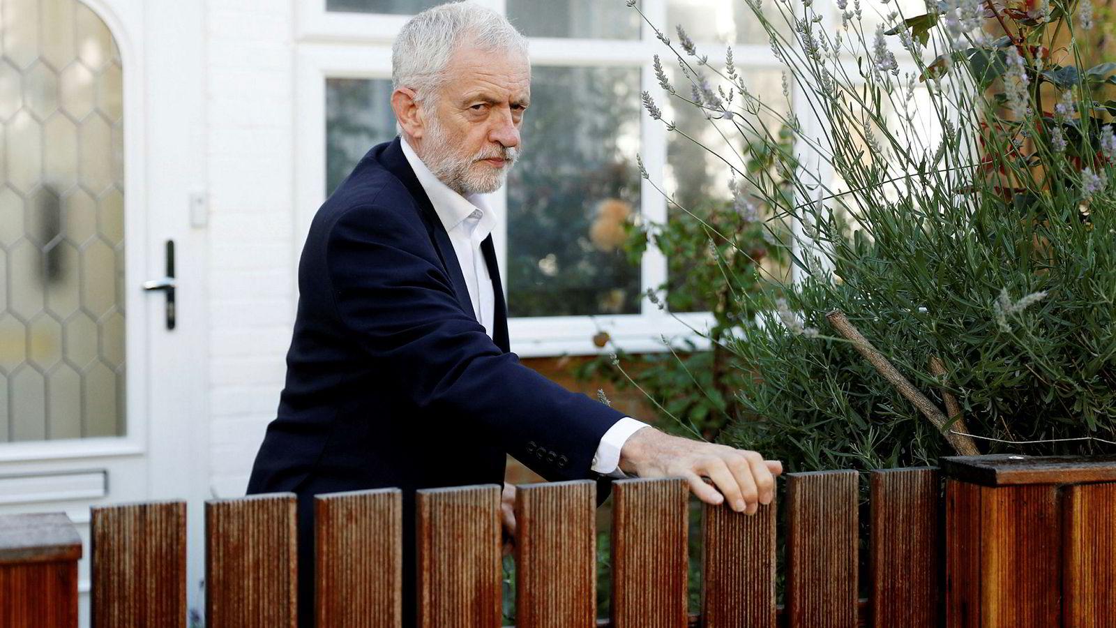 Jeremy Corbyn og Labour har bestemt seg; Partiet kommer til å støtte en ny folkeavstemning om brexit.