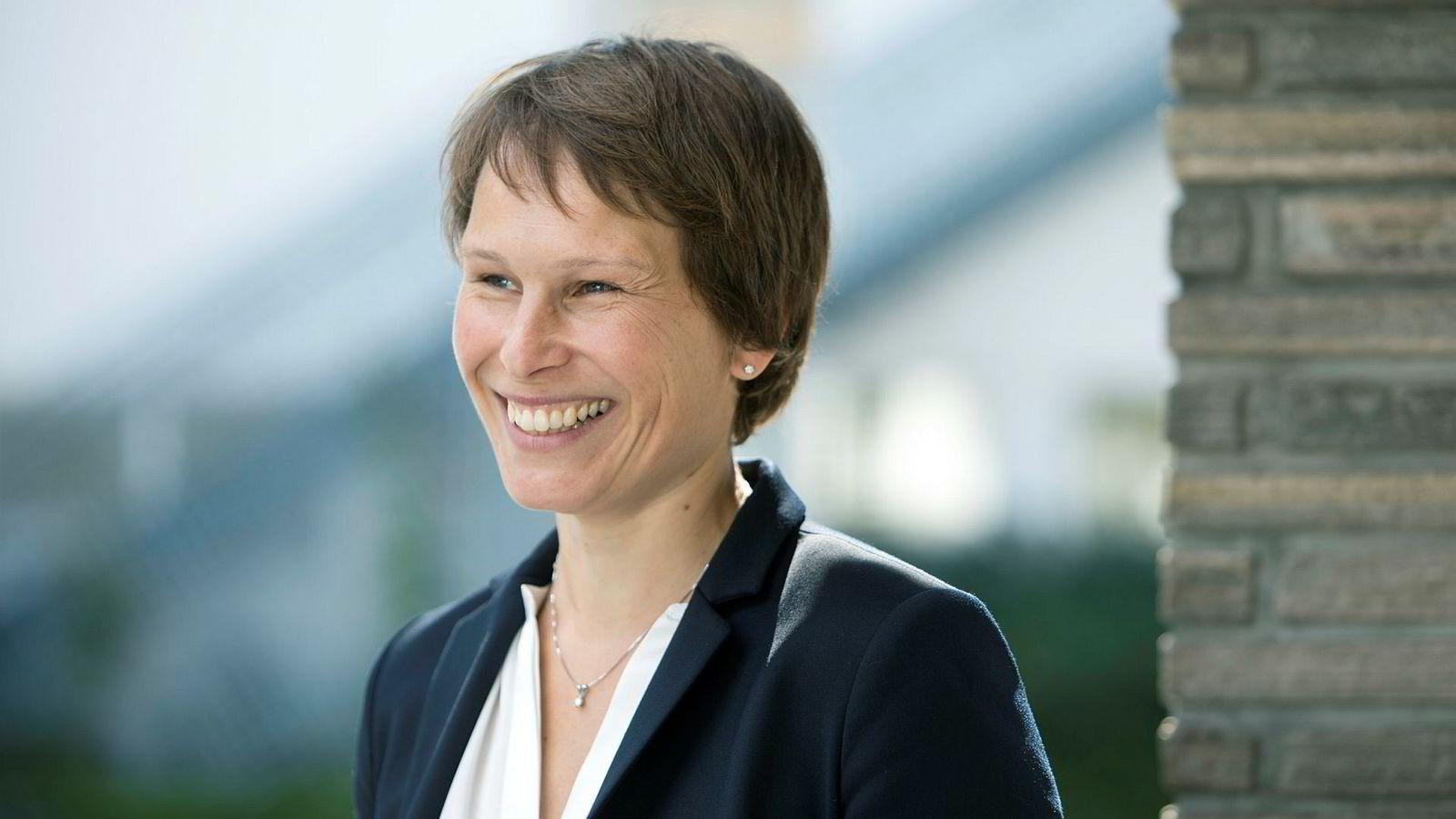– Det finnes forskning på at økonomiske incentiver har positiv effekt på fullføring, sier Linda Nøstbakken, prorektor for utdanning på NHH.