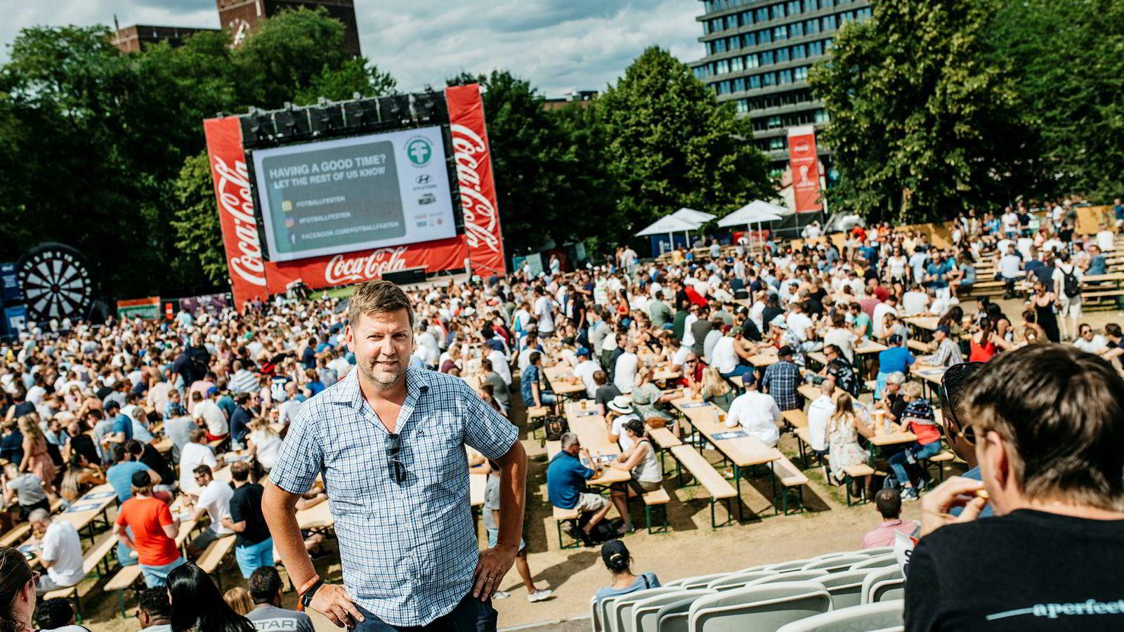 Geir Oterhals, daglig leder i Fotballfesten, er arrangører av visningene av fotball-VM på storskjerm på Kontraskjæret i Oslo.
