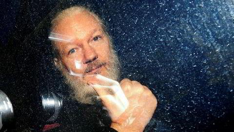 USA har allerede krevd utlevering av den australske WikiLeaks-grunnleggeren Julian Assange, som følge av offentliggjøringen av hundretusener av hemmeligstemplede amerikanske dokumenter.