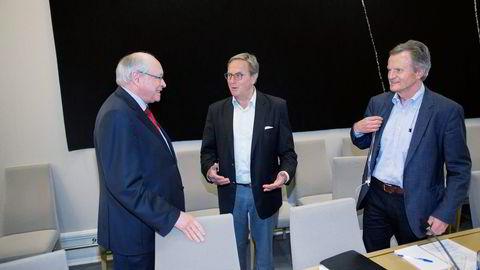 27. mai møtte tidligere styreleder i Telenor Svein Aaser (til høyre) og tidligere konsernsjef Jon Fredrik Baksaas til høring hos Martin Kolberg (Ap) på Stortinget om selskapets håndtering i Vimpelcom-saken. Foto: