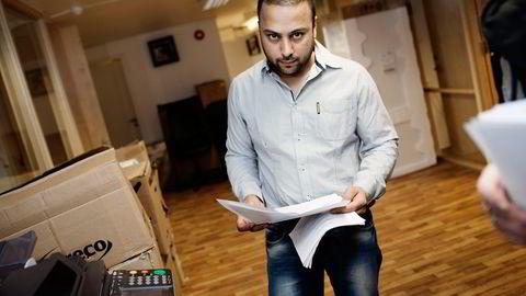 Sajjad Hussain skal ifølge aktor ha fått tilbakebetalt lønnen til flere av sine ansatte som han hadde hjulpet med opphold. Kjedesjefens forsvarer mener han er blitt forhåndsdømt. Foto: Brian Cliff Olguin