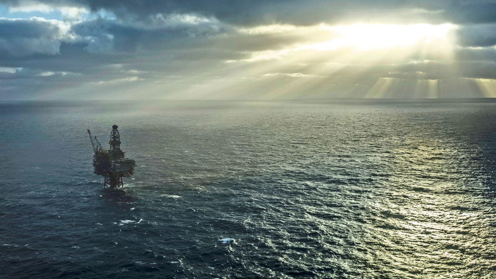 Norske olje- og gasseiendeler er fortsatt dyre, mener styreleder Bijan Mossavar-Rahmani i DNO. Her ses feltet Ringhorne, hvor Vår Energi er operatør og Faroe har en eierandel på 20 prosent.