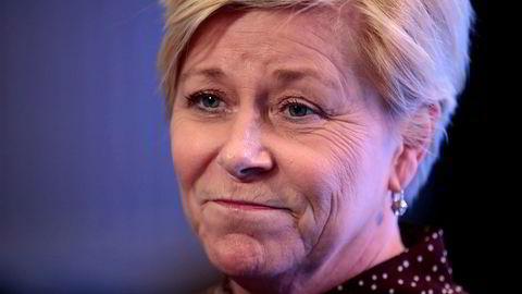 Finansminister Siv Jensen (Frp) sier hun er opptatt av at vannkraften også i framtida skal gi positive ringvirkninger for lokalsamfunnene. Foto: Lise Åserud / NTB scanpix