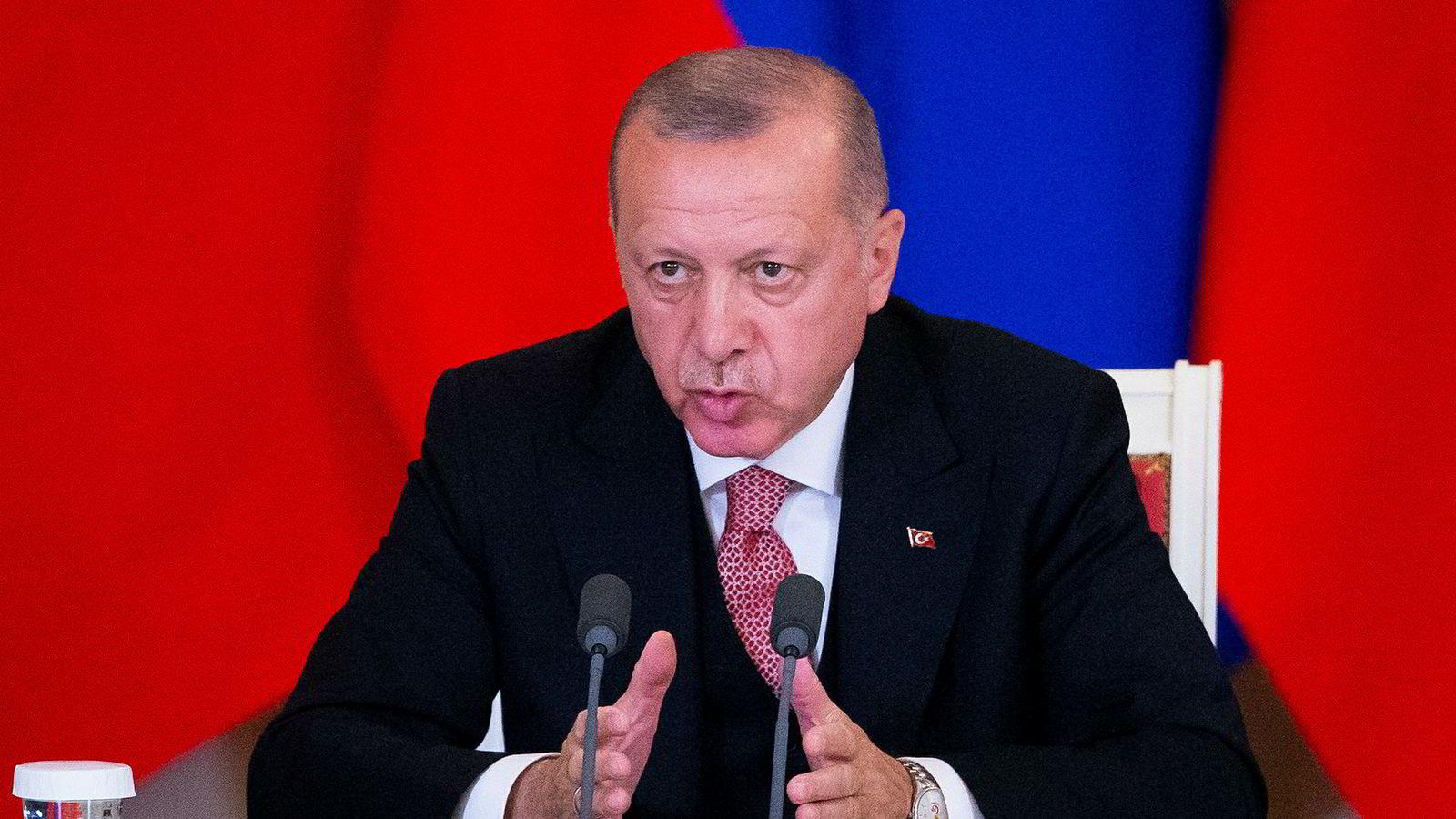 Tyrkias president Erdogan og hans parti AKP krever omvalg i Istanbul.