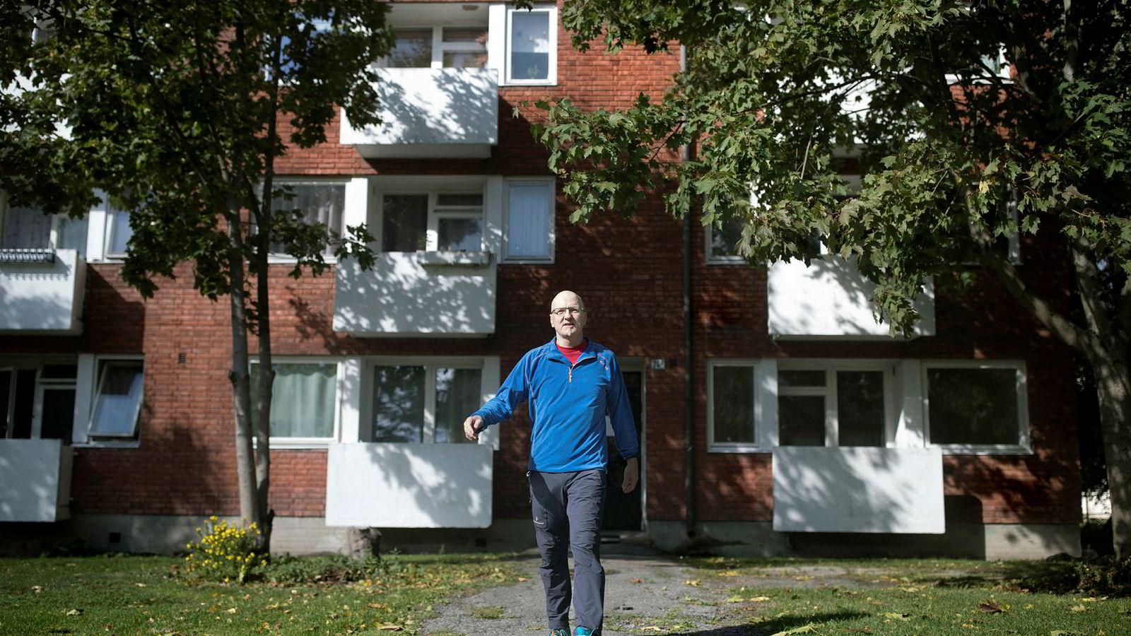 Frode Halse leide i flere tiår i denne gården i Sinsenveien. Nå har han inngått hemmelig forlik med Ivar Tollefsens konsern Fredensborg der han får kjøpe leiligheten til 1,5 millioner kroner.