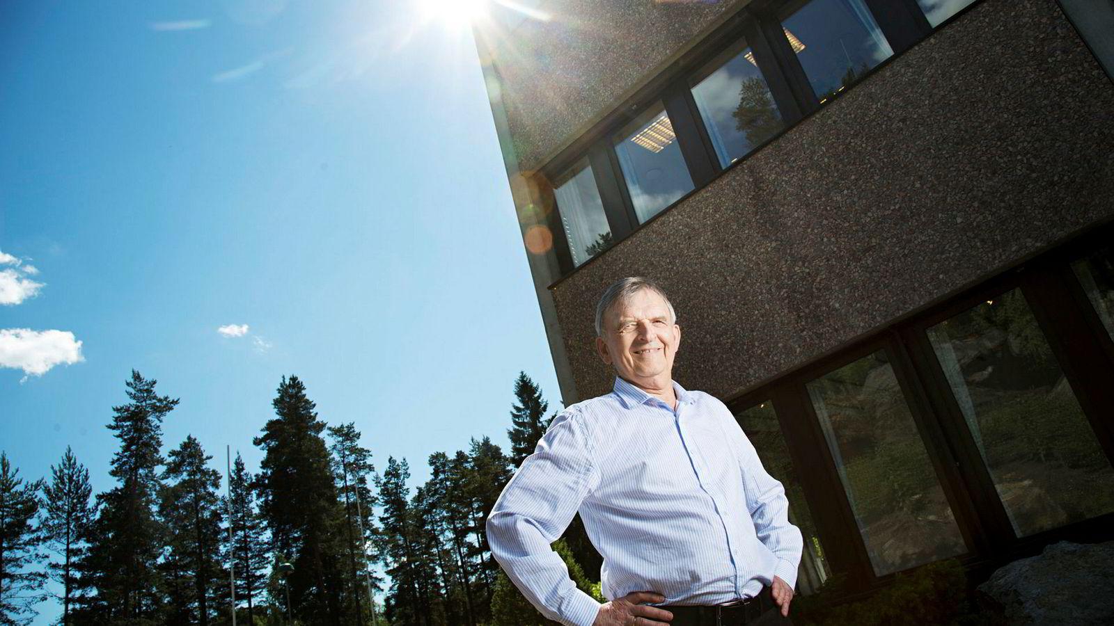 Ivar S. Løge kan smile godt av avkastningen på investeringene sine. Han har siden 80-tallet vært en aktiv investor og sier selv han er en langsiktig eier av selskapene han investerer i.