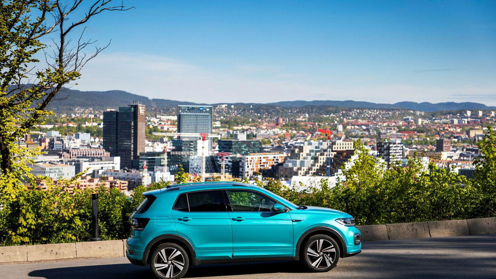 Volkswagen T-Cross går lett inn i kategorien smart bybil.