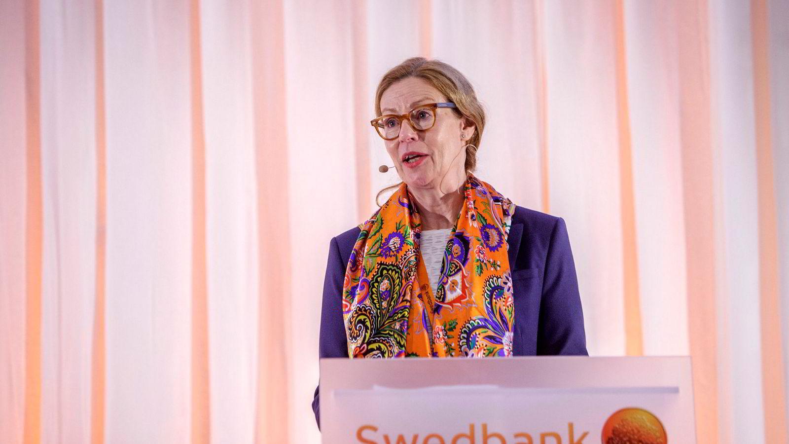 Ifølge SVT skal Swedbank allerede i 2013 ha undersøkt koblinger mellom bankens kunder og Magnitskij-affæren. Styret i Swedbank slo i forrige uke fast at det fortsatt har full tillit til konsernsjef Birgitte Bonnesen.