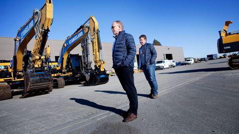I ENDRING. Som den største lokale entrepenøren er Olav Stangeland (til venstre) blant de første som merker et stemningsskifte i eiendomsmarkedet. Her sammen med sønnen Tommy Stangeland. Alle foto: Thomas Alf Larsen