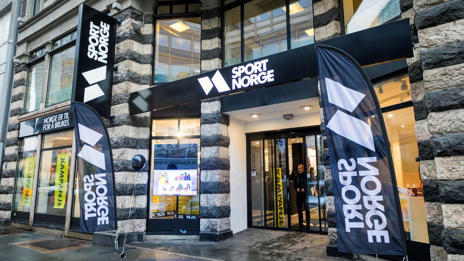 Sport 1 har valgt å trekke seg ut av dette attraktive lokalet i Storgata. Inn kommer Sport Norge-kjeden fra Bergen med investorhjelp fra Edvin Austbø.