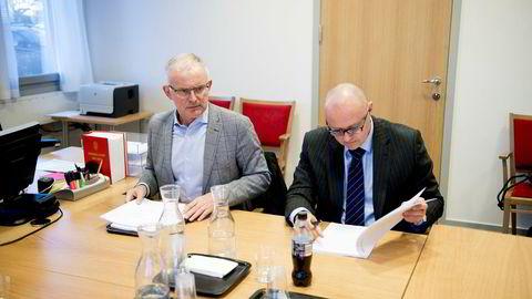 Renovasjonsselskapet RenoNorden ble slått konkurs i September. Her er styreleder Per Gunnar Rymer (til høyre) og konsernsjef Harald Rafdal under mandagens skiftemøte i Nedre Romerike tingrett.