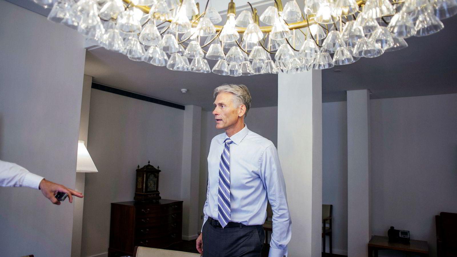 Tidligere Danske Bank-sjef Thomas Borgen er siktet av dansk Økokrim, og ni andre tidligere ledere skal også være det. Medlemmer av styret skal ikke være blant dem.