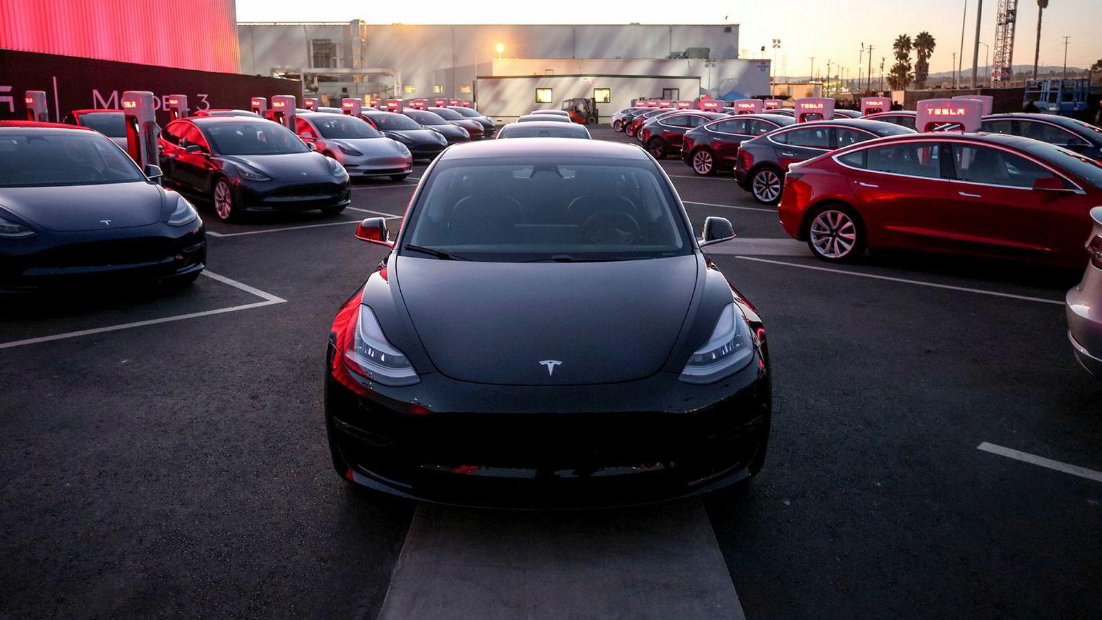Tesla Model 3 kommer til Norge neste år.