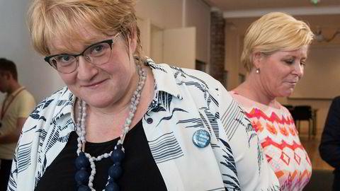 Deler av grasrot-Venstre er ikke begeistret ved tanken på at partileder Trine Skei Grande (t.v.) kan bli statsrådskollega av finansminister og Frp-leder Siv Jensen.