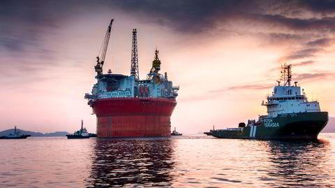 Oljeplattformen «Goliat» har vært en skandaleplattform siden den forlot verftet i Sør-Korea i februar 2015. Plattformen, som opererer i Barentshavet, er heller ikke lønnsom for den norske stat så lenge oljeprisen er lavere enn 75 dollar fatet, ifølge Sparebank1 Markets. Foto: Eni