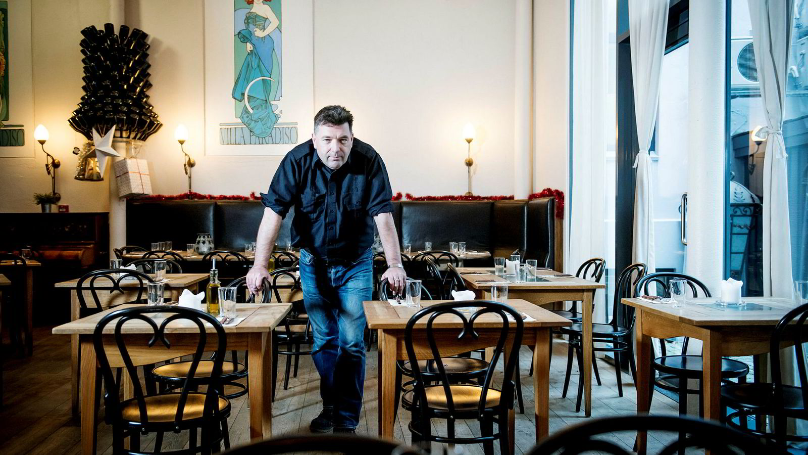 Jan Vardøens gjenværende The Nighthawk Diner på Grünerløkka er begjært konkurs. Nå prøver han bare å «redde det som reddes kan».