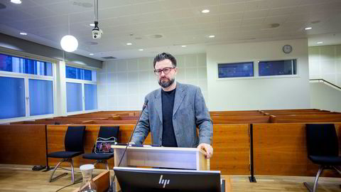 Morten Schjelle Larssen ble irritert på Økokrim ved flere anledninger da han forklarte seg i Borgarting lagmannsrett sal M11. Larssen ble frifunnet for innsidehandel i Funcom-saken i tingretten og var kalt inn som vitne i ankesaken mot sine tre tidligere medtiltalte.