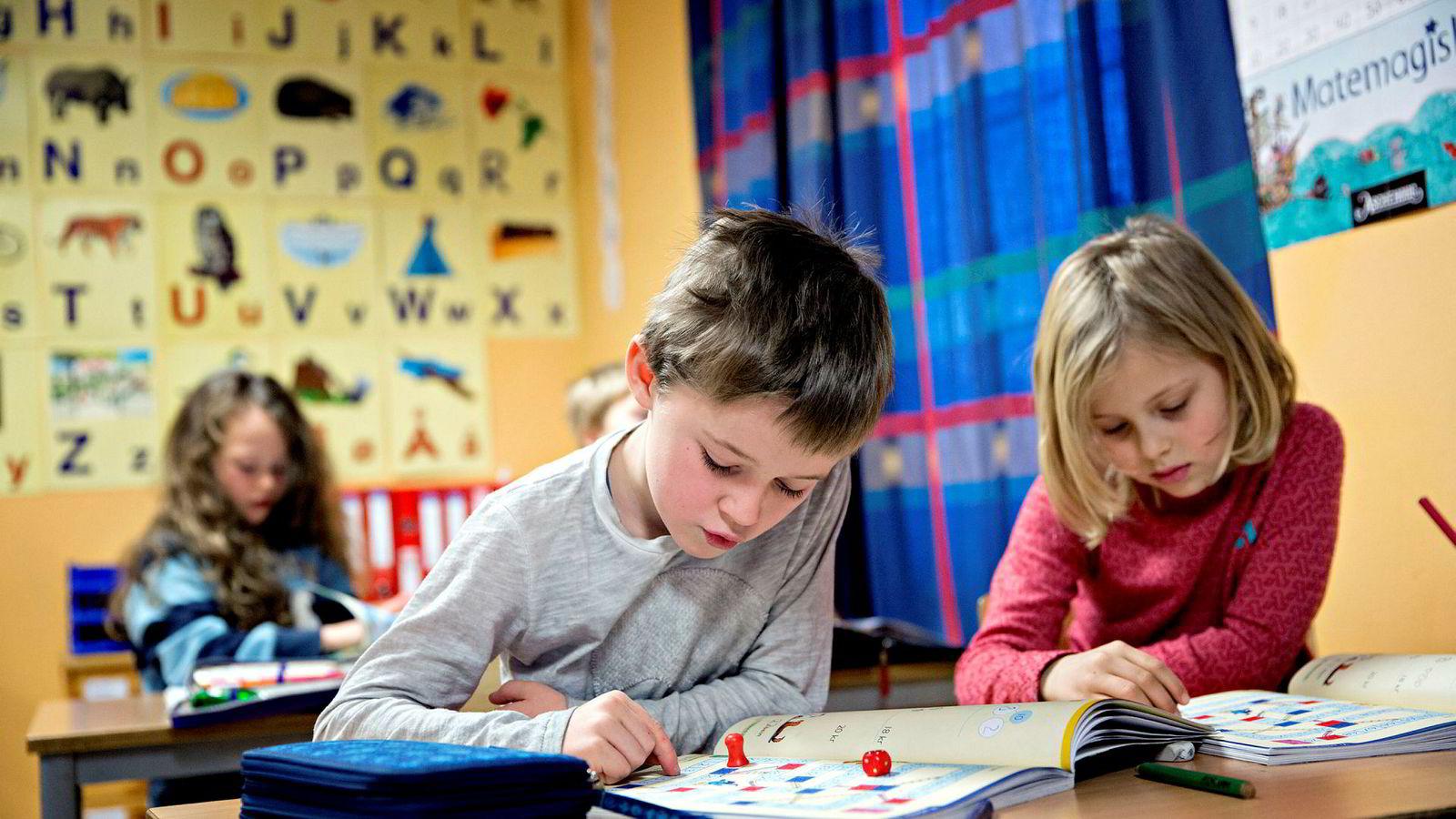 Barn lærer bedre når de får nok å spise. Men dette er stadig ikke et godt argument for statlige matpakkedirektiver.